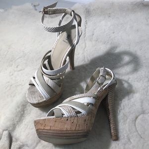 BAKERS Tan & White Strappy Leather Heels Size 5.5